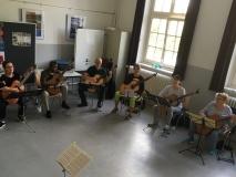 Irische und schottische Stücke für Gitarrenensemble werden geprobt...